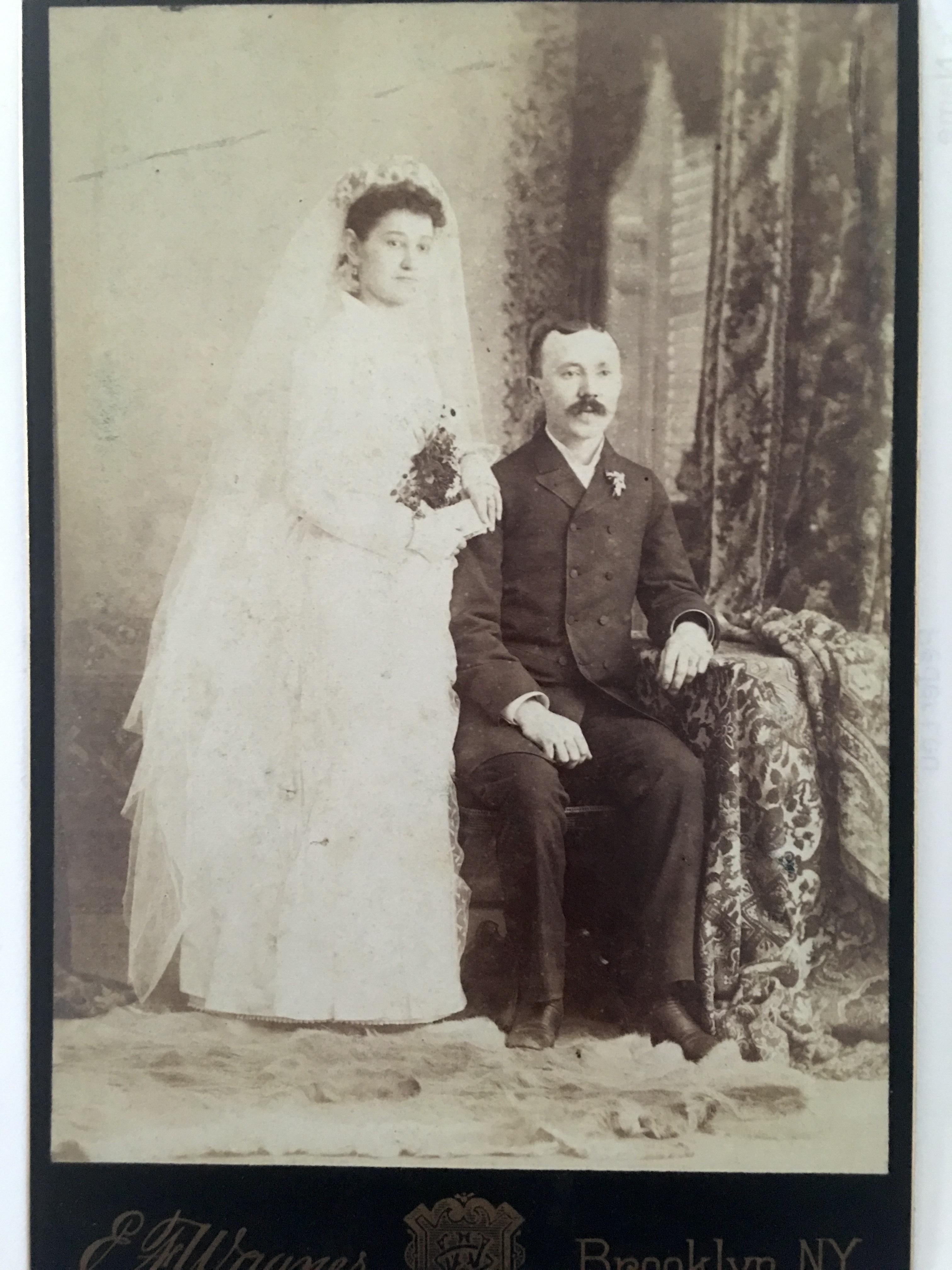 Maurer_Katherine_Stephen_ScheffeL_wedding_from BRozier